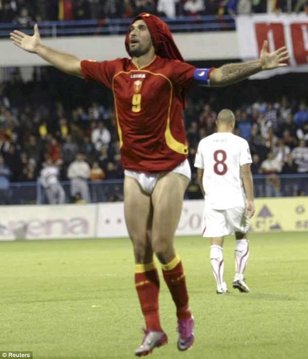 Vucinic idiot