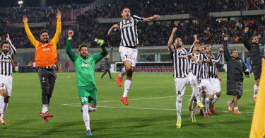 Catania-Juventus-0-1-Team-Joy