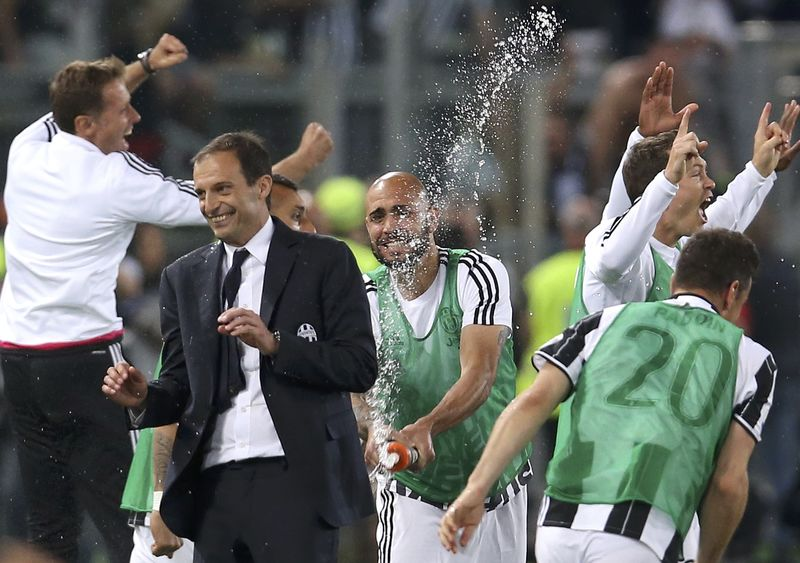 Football Soccer - Juventus v Milan - Italian Cup Final - Olympic stadium, Rome, Italy - 21/05/16  Juventus' coach Massimiliano Allegri reacts at the end of the match against AC Milan.             REUTERS/Alessandro Bianchi